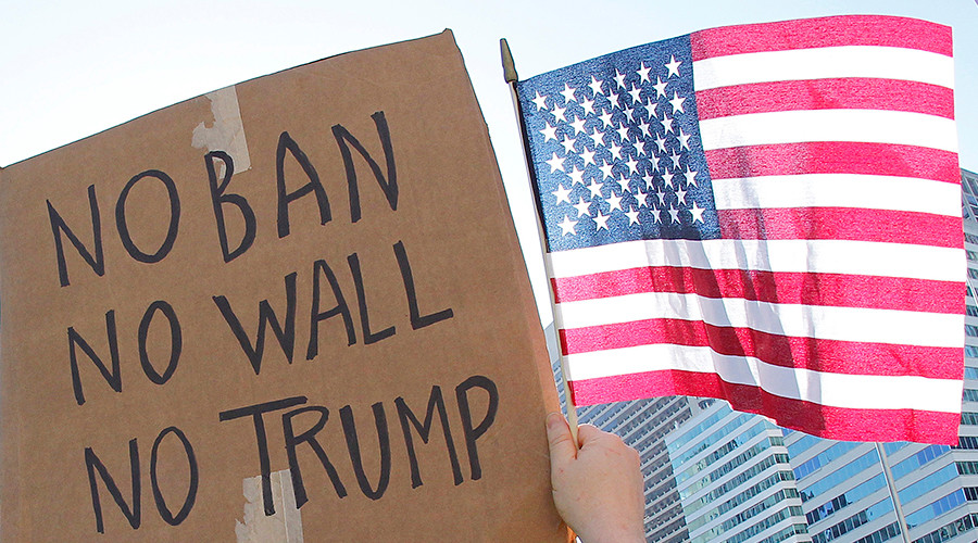 Protest Trump instead of taking final: Arizona college professor makes odd deal with students