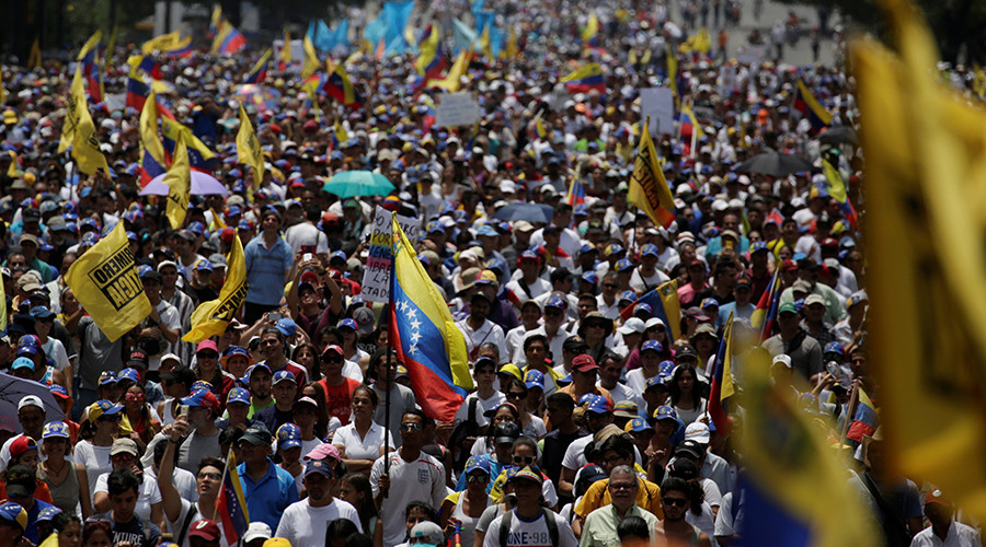3 killed as Venezuelans hit streets in massive anti-Maduro protest (PHOTOS, VIDEOS)