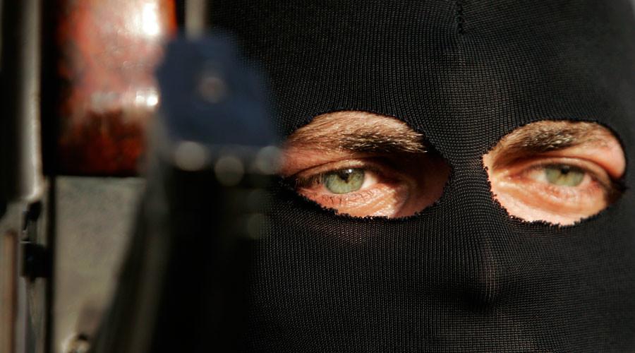 'Hang gliding jihadist' has US citizenship revoked for plotting terrorist bombing campaign