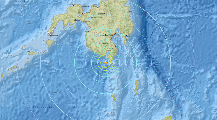 6.8 quake off Philippines triggers tsunami warning