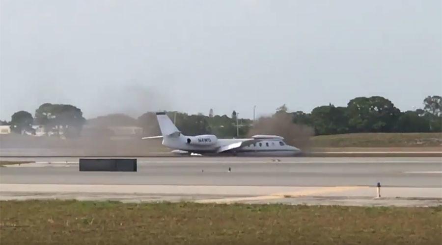 Brave pilot makes gutsy emergency landing in Florida after losing 1 wheel (VIDEOS)