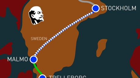 #1917LIVE: Lenin arrives in Stockholm after 'sealed train' trip through Germany (PHOTO)