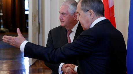 Russian Foreign Minister Sergei Lavrov (R), U.S. Secretary of State Rex Tillerson (L), April 12, 2017. © Maxim Shemetov