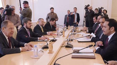 Russian Foreign Minister Sergey Lavrov and Qatari Foreign Minister Sheikh Mohammed bin Abdulrahman bin Jassim Al-Thani © Eduard Pesov