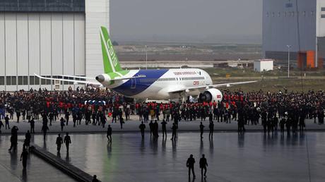 China's first big passenger plane C919 © AFP