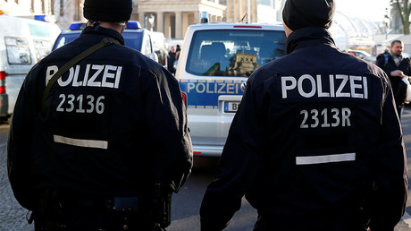 Police shoot and injure man at Berlin hospital