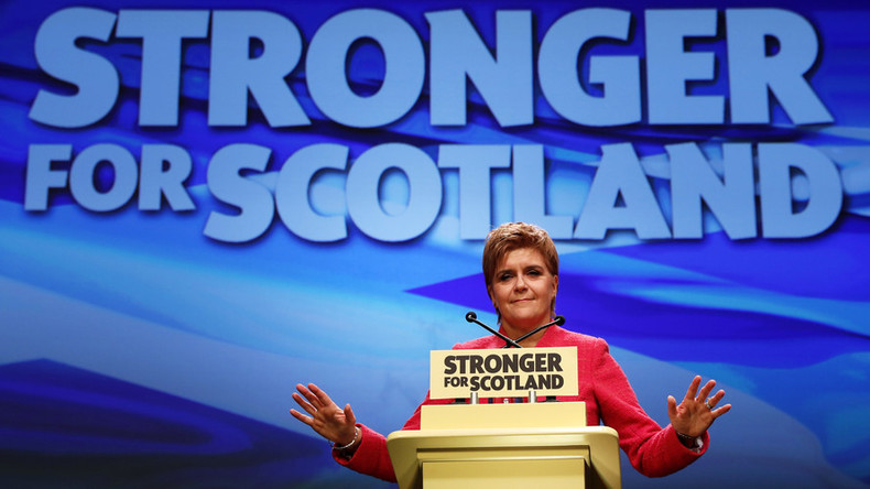 Corbyn 'open' to #indyref2 talks as Sturgeon launches SNP ...