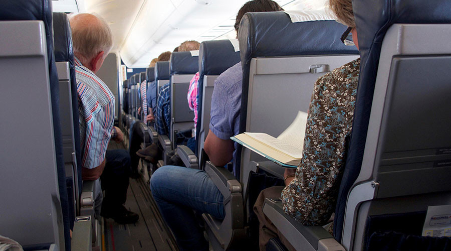 American Airlines slashing economy legroom by 2 inches