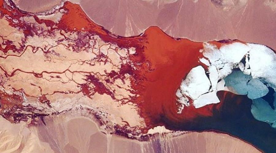 ISS astronaut captures kaleidoscopic image of Himalayan lake (PHOTOS)