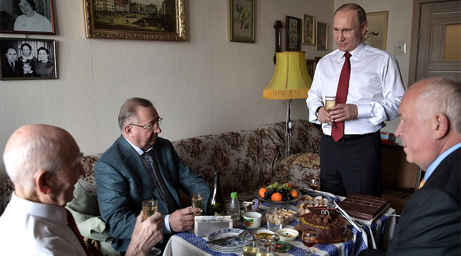 Putin surprises former boss, celebrates his 90th birthday