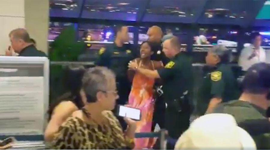 Brawls break out in Florida over cancelled Spirit flights (VIDEOS)