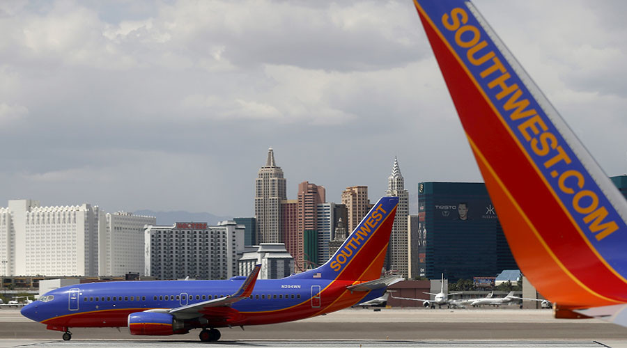 Fight or flight? Southwest Airlines punch-up caught on camera (VIDEO)