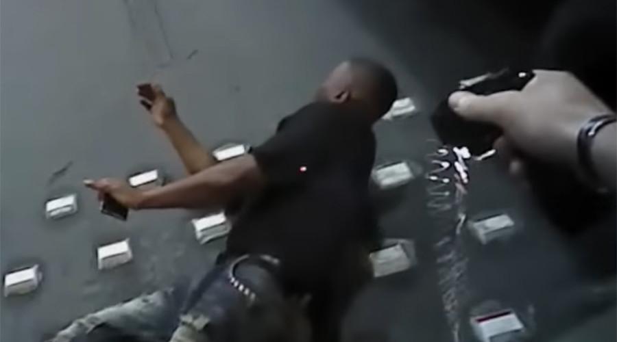 Unarmed man dies after tasing & chokehold by Las Vegas police (VIDEO)