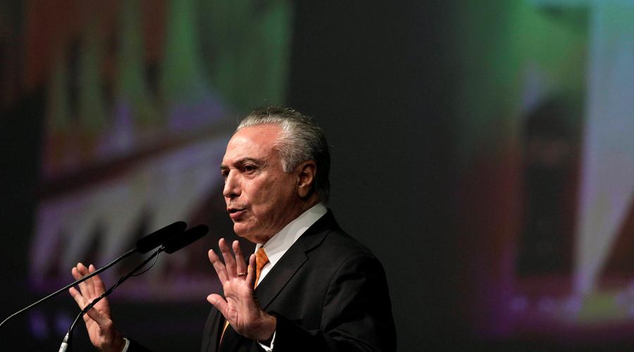يرفض الرئيس البرازيلي تيمير على الاستقالة وسط فضيحة فساد
