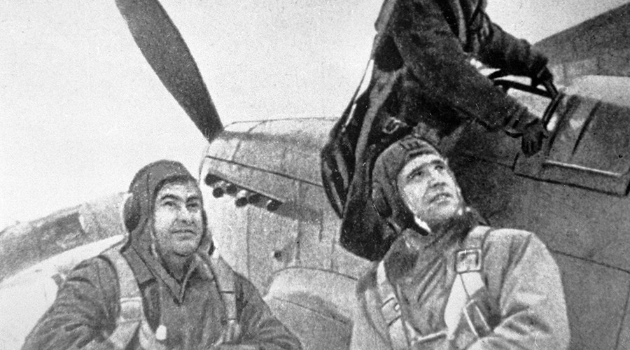 RT looks into WWII mystery with amateur who found crash site of Soviet hero pilot