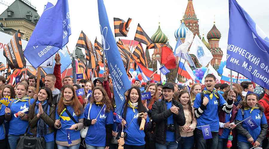 Top pollster rules out possibility of large-scale youth protests in Russia