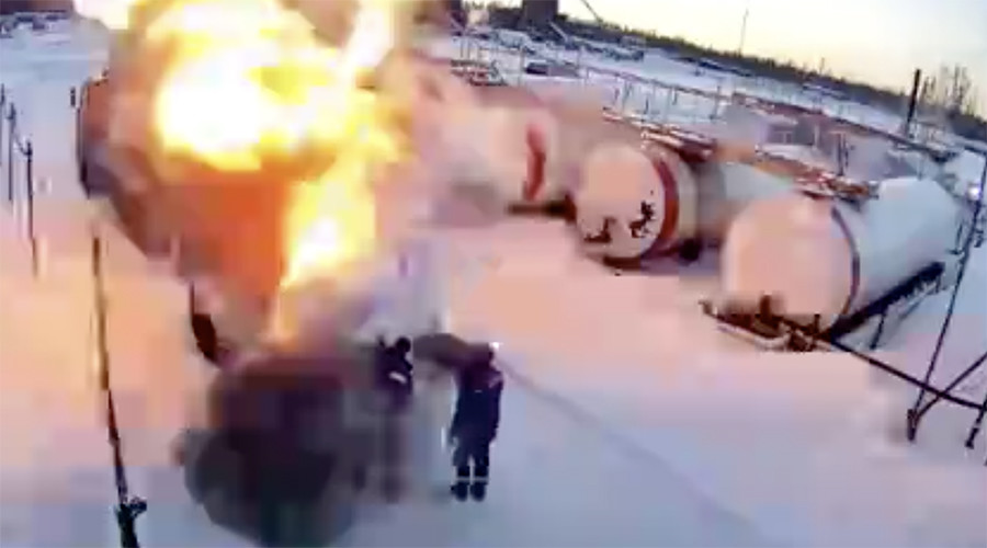 CCTV footage shows horrific moment gas tank explodes, killing 2 workers (GRAPHIC VIDEO)