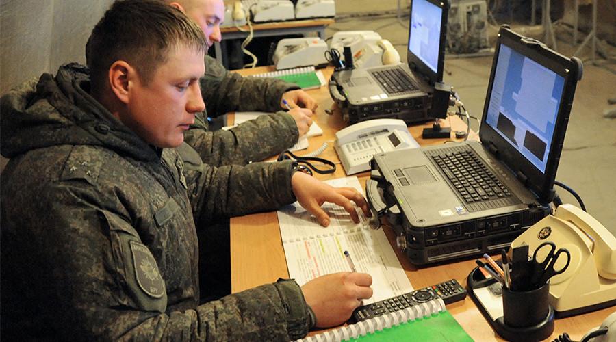 Defense Ministry seeks tougher control over servicemen's internet activity