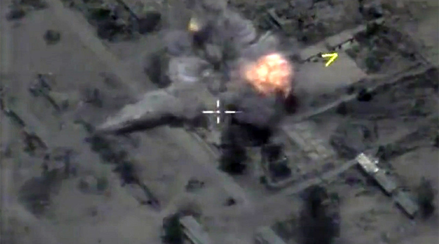 Drone footage shows Russian cruise missiles hit ISIS positions near Palmyra (VIDEO)