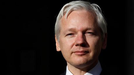 WikiLeaks co-founder Julian Assange © Suzanne Plunkett