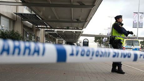 Swedish airport evacuated after bag 'shows signs of containing explosives' - report