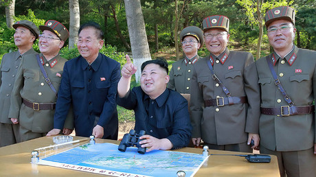 North Korean leader Kim Jong Un inspects the intermediate-range ballistic missile Pukguksong-2's launch test, May 22, 2017 © AFP