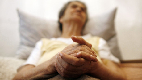 Poverty & stress put people at greater risk of dementia – Alzheimer's experts