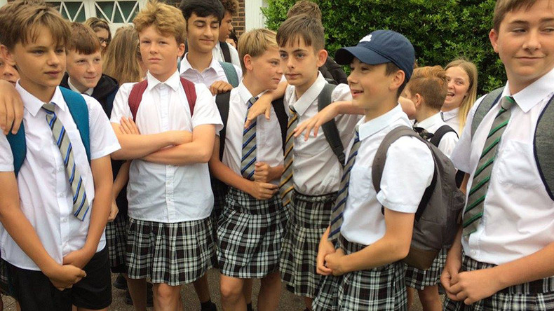 Sweltering schoolboys defy 'no shorts' rule, wear skirts to class instead