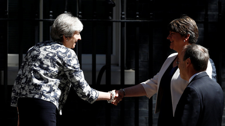 Theresa May strikes deal with DUP to prop up minority government
