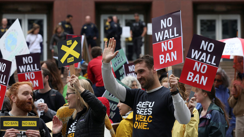 Supreme Court to hear Trump travel ban case, allows part to go into effect