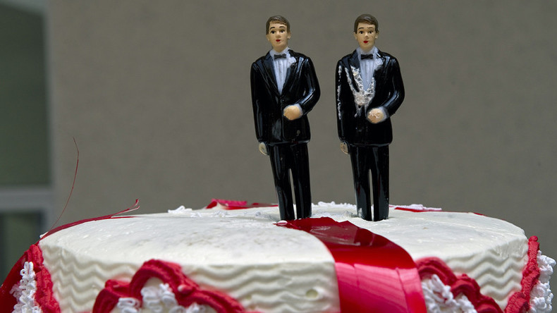 gay couple denied wedding cake us supreme court to hear appeal of baker who refused cake 14656