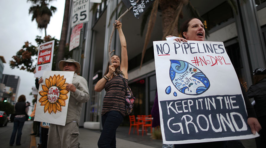 $3.8 billion Dakota Access oil pipeline begins service