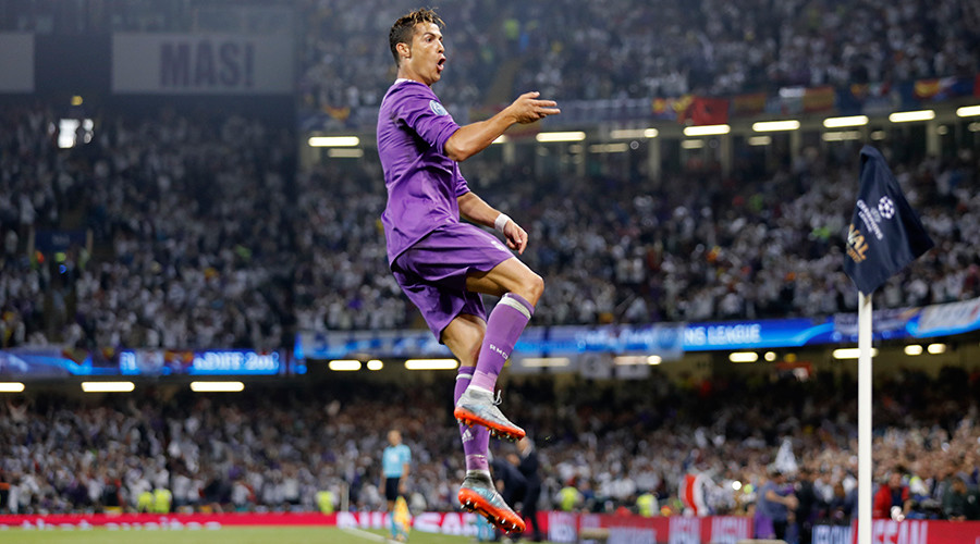 Real Madrid win Champions League final, defeating Juventus 4 - 1