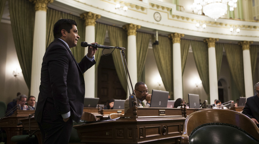 CA lawmaker defeats fellow Democrat for US House seat in special election