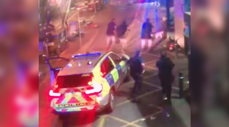 Moment London attackers neutralized by police caught on CCTV (GRAPHIC)