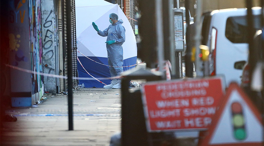 'He must have done it on purpose': Witnesses describe Finsbury Park attack (VIDEO)