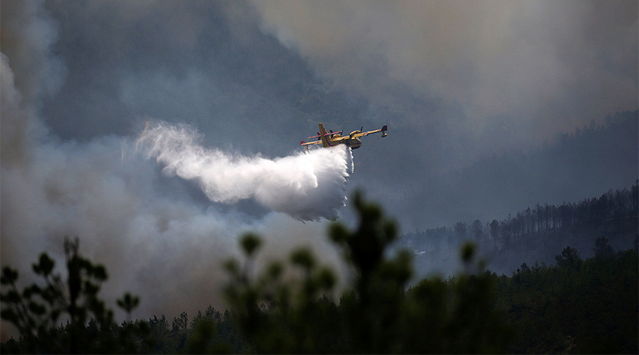 Confusion over reports of Portugal wildfire plane crash as chaos plagues operations