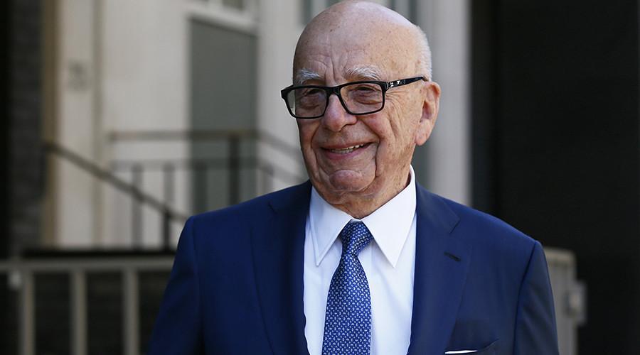 Corbyn supporter calls Rupert Murdoch a c**t to his face