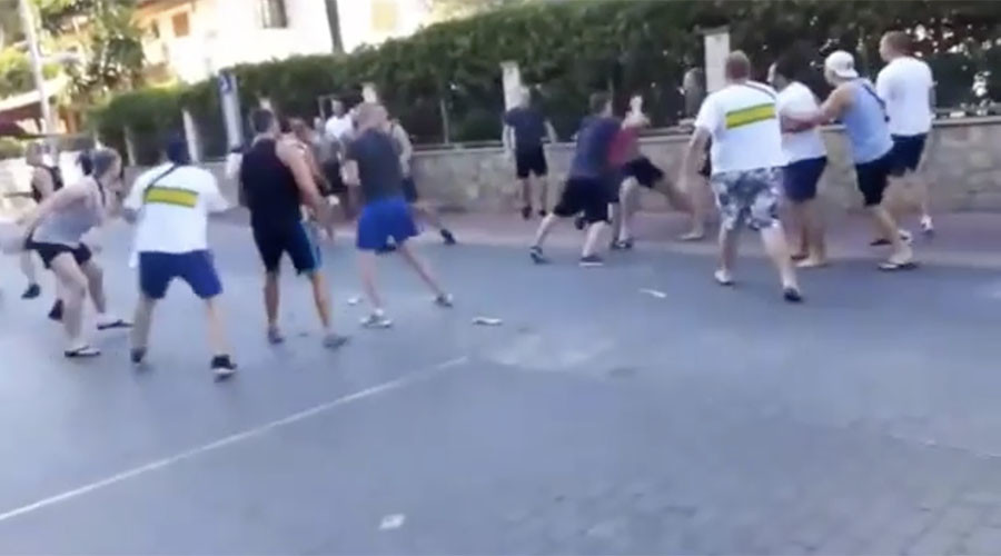 German football hooligans turn Spanish resort Mallorca into battlefield (VIDEO)