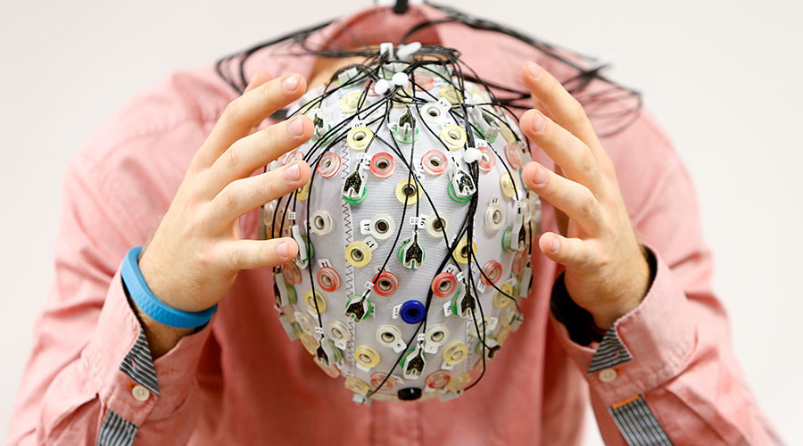 Hackers may target brain signals through EEG headsets to access passwords – study