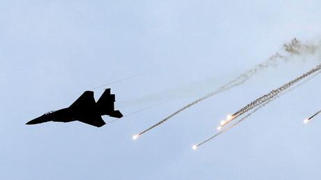 An Israeli Air Force F-15 fighter jet © Amir Cohen