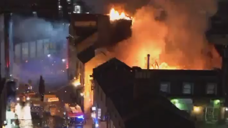 London firefighters battle blaze at Camden Lock Market (WATCH LIVE)