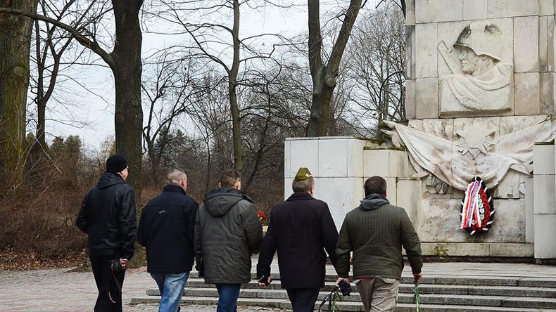Moscow vows asymmetrical retaliation in response to Polish monuments bill