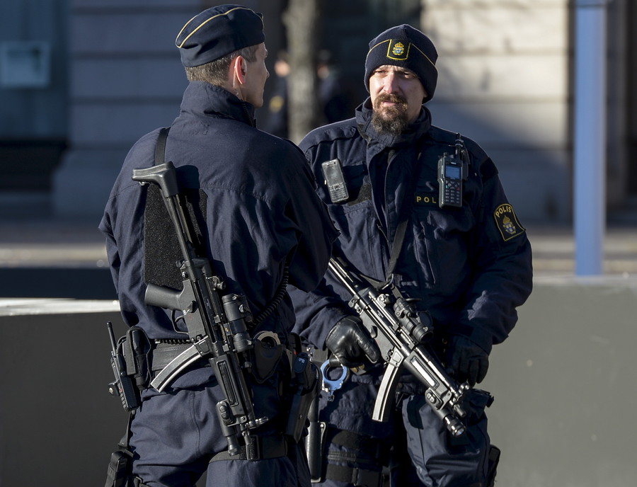 3,000 violent extremists in Sweden, majority have Islamist motives – security police