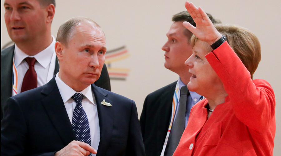 Caption competition: What were Putin & Merkel discussing at G20? (VIDEO)