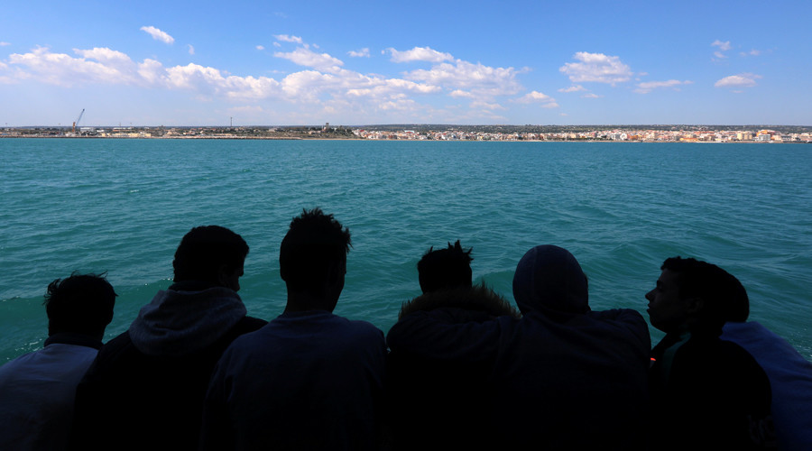 EU countries decline to open ports as relief for Italy's migrant influx