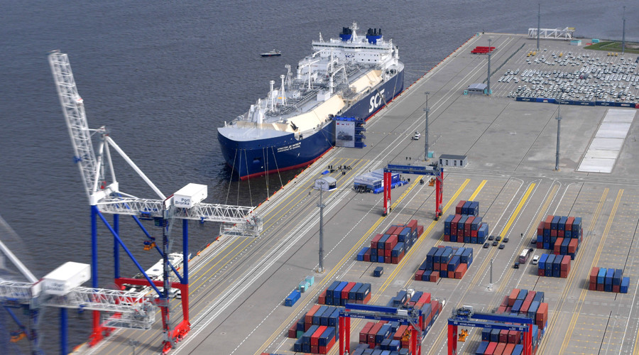 Russia offers Saudis a part in Arctic LNG project