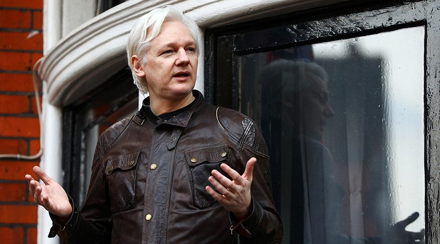 Sabotage? False fire alarm disrupts Assange's G20 speech (VIDEO)