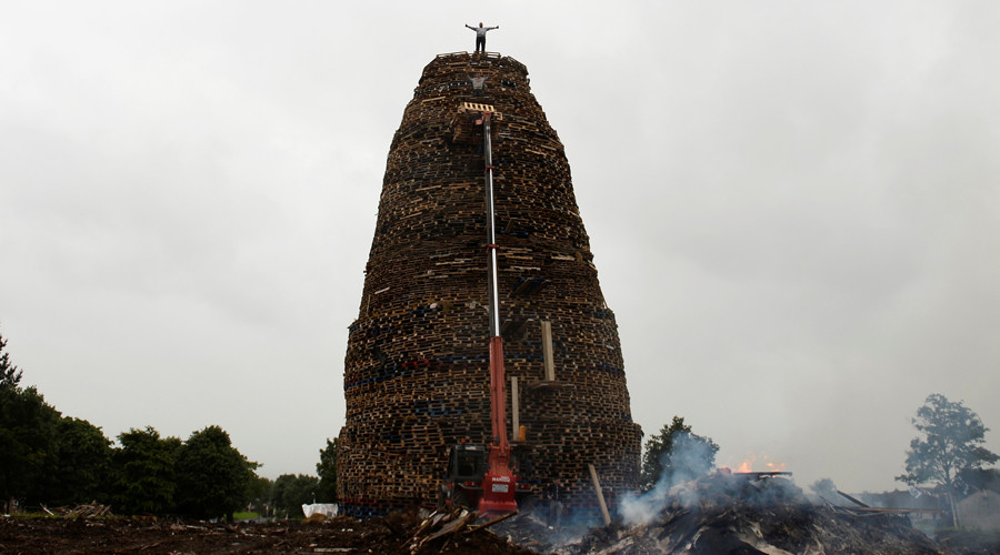 Eleventh Night: Bonfire built beside petrol station sparks safety fears (PHOTOS)