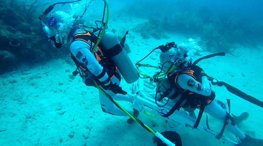 10-day 'moon rescue mission' replicated on Florida seabed (PHOTOS)